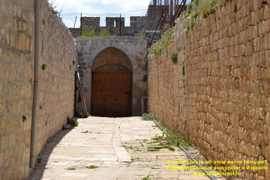 Армянский монастырь св. Архангелов и св. Оливковое дерево Индивидуальные экскурсии в Израиле такси в Израиле