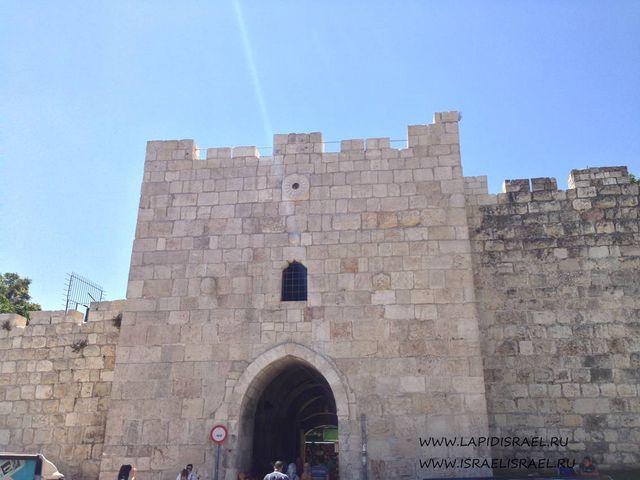 Пройти Цветочные ворота Иерусалима