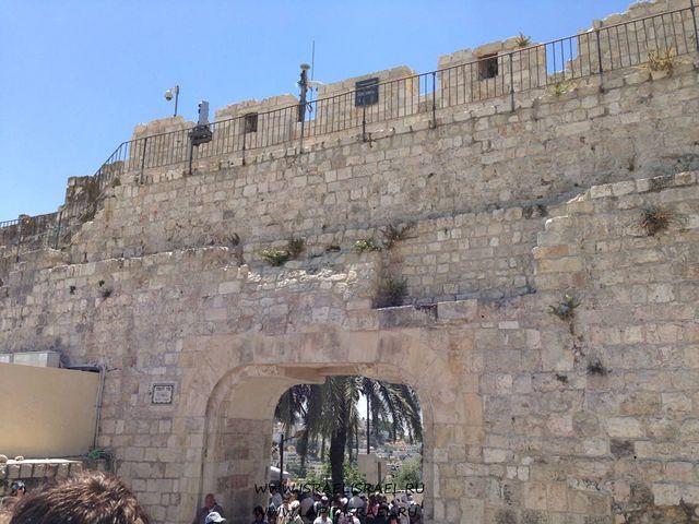 Мусорные ворота Иерусалмиа индивидуальные экскурсии в Израиле