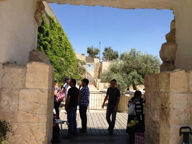 Иорданские в Иерусалиме муссорные ворота