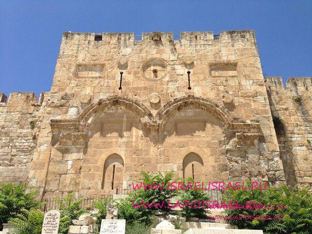 гиды в Израиле заказать Карта Google Maps Золотые ворота или ворота Милосердия в Иерусалиме.