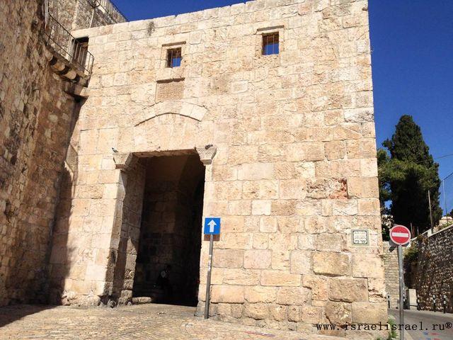 Как проехать через Сионские ворота